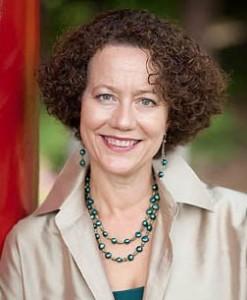 Beata Lewis
